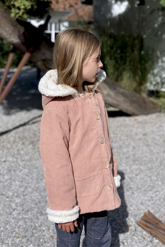 COAT ANDREA pink makeup