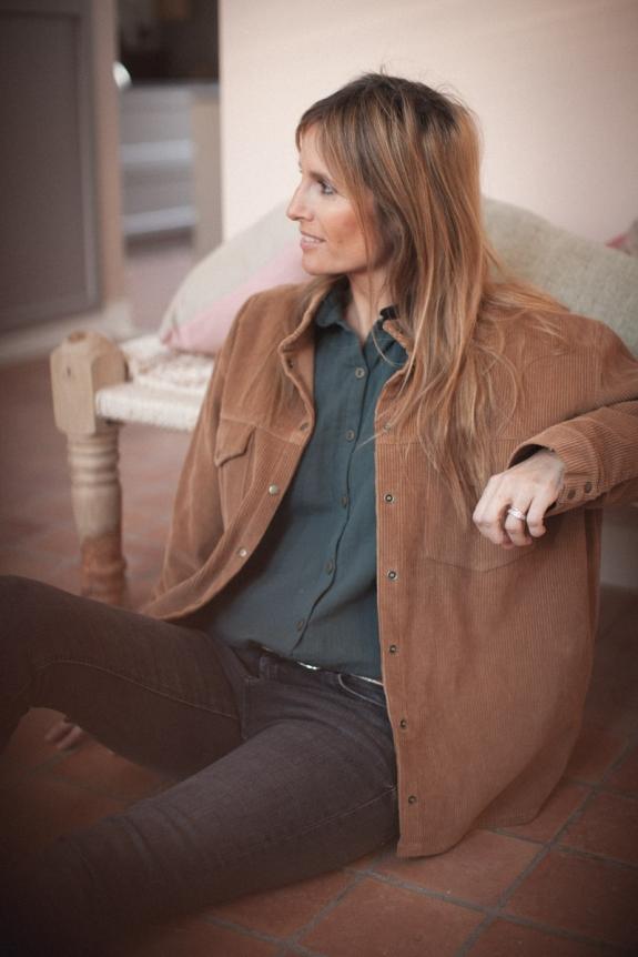 Sacha women's overshirt in caramel corduroy