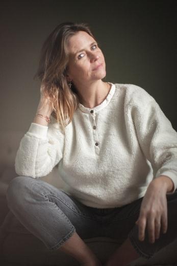 Joe woman's sweatshirt in milk faux fur